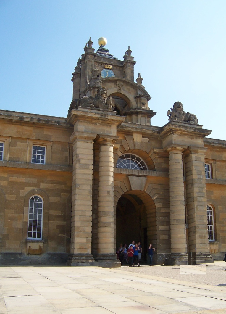 Blenheim palace Gate