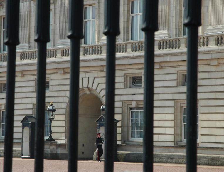 Buckingham palace guiard