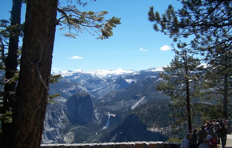 Yosemite scenic view  2011 cropped