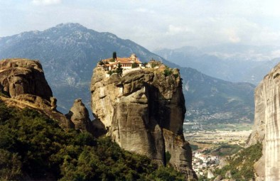 monastery-of-the-holy-trinity-meteora-greece