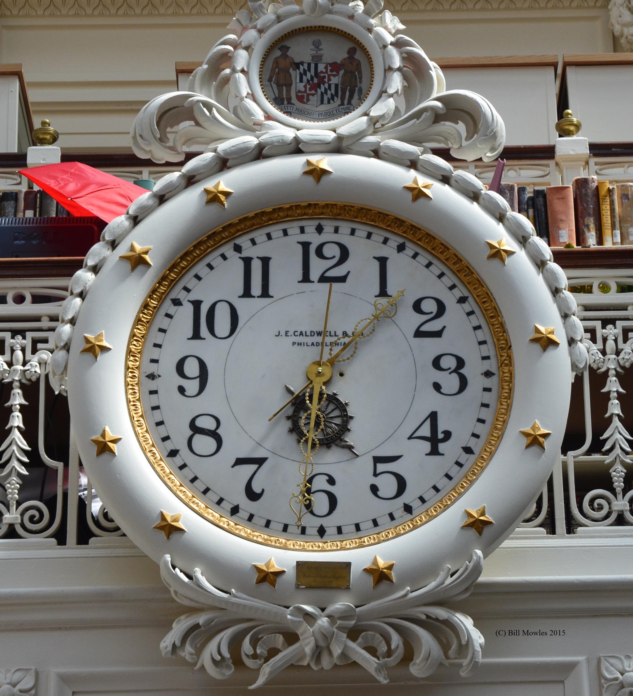 dar-library-clock-c