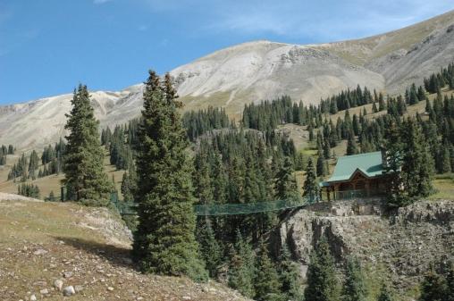 bridge-to-house-in-colorado-mountains