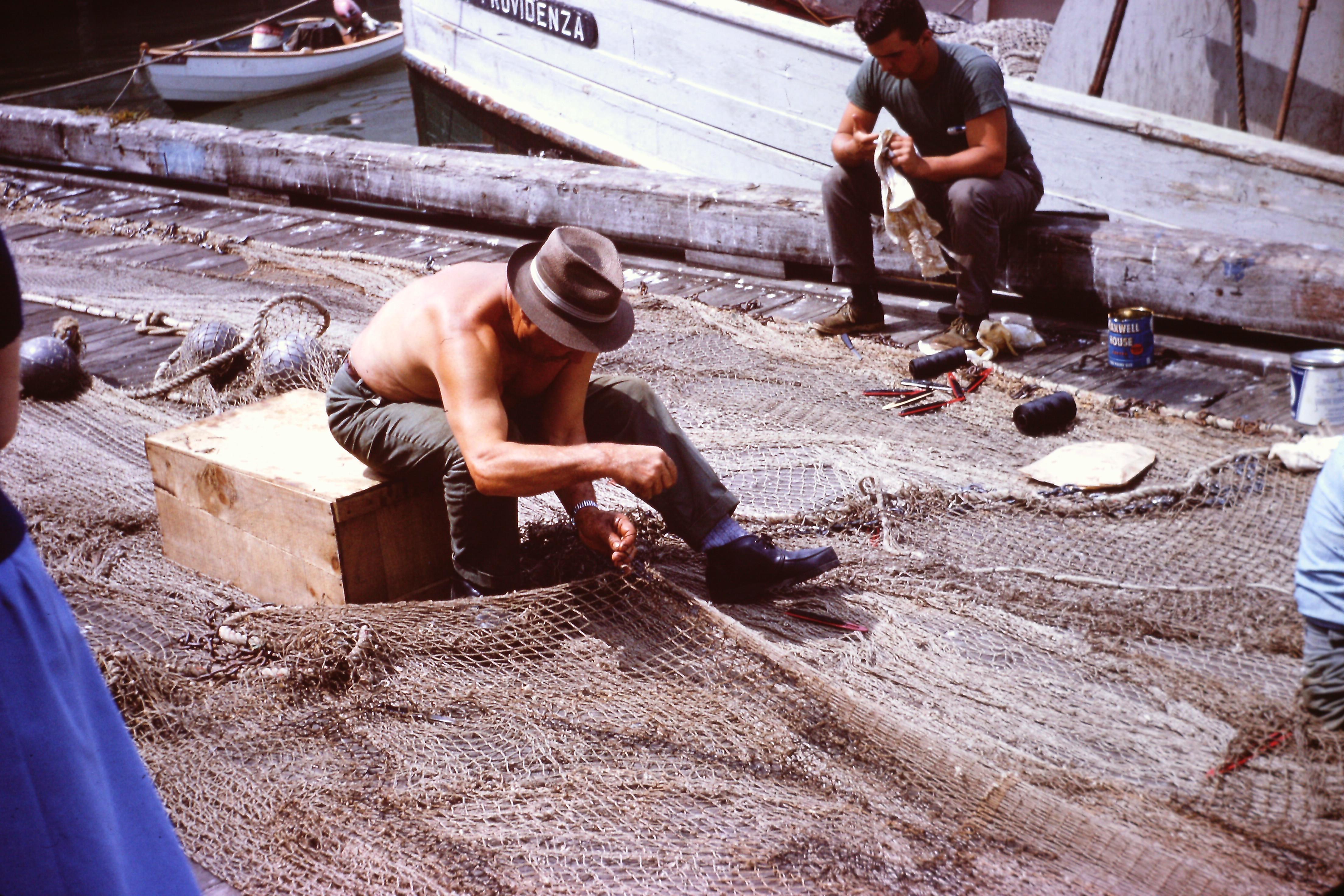 fishermen-tending-nets-53