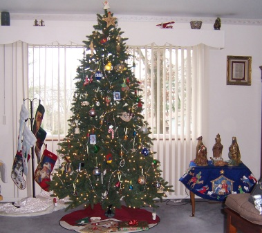 USED Christmas tree and decorations