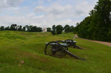 Cannons in Cemetery in Vicksburg MS