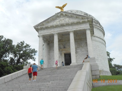IUED llinois state memorial Vicksburg Mississippi civil war cemetery